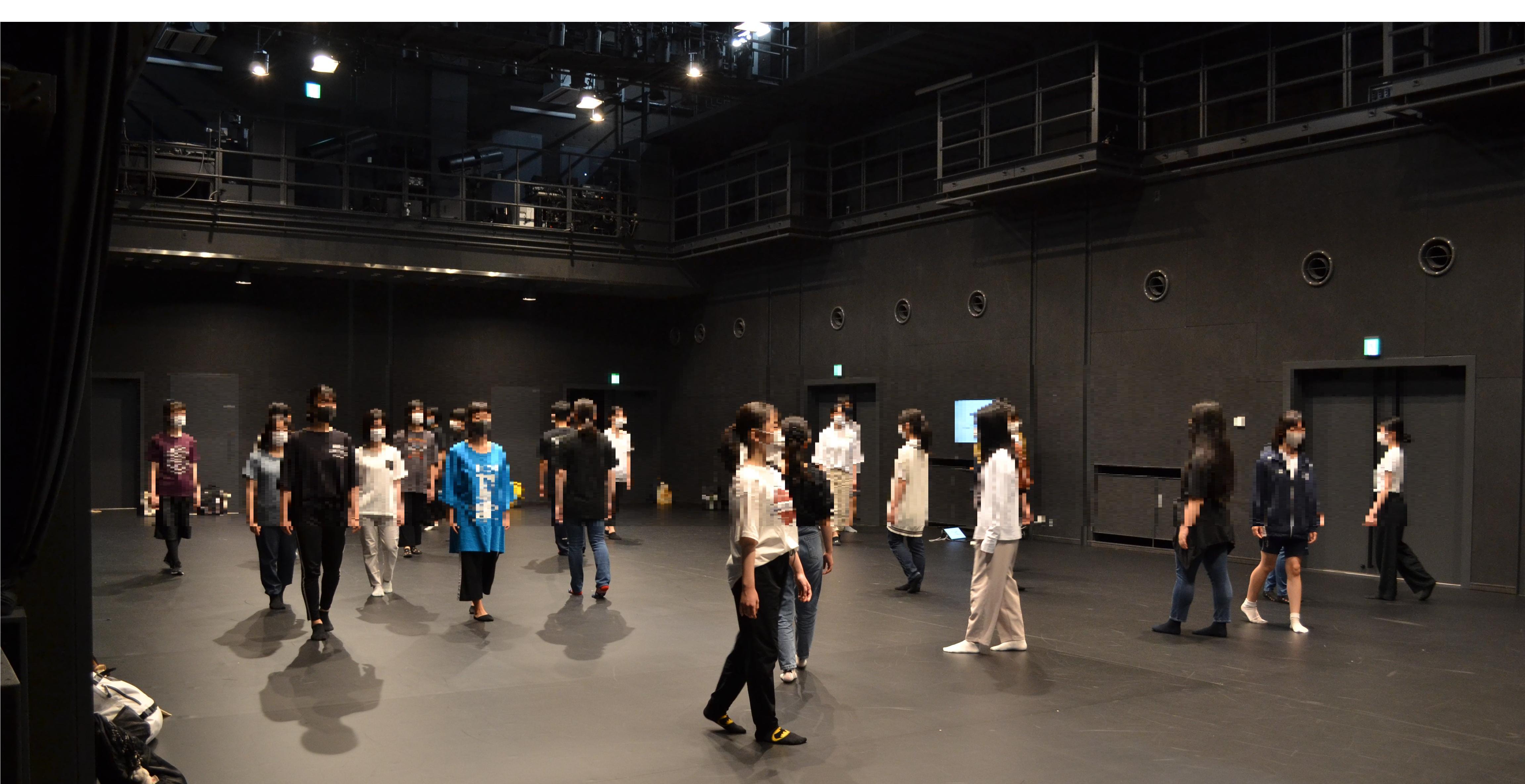 ダンス模擬授業ぼかし済み.png
